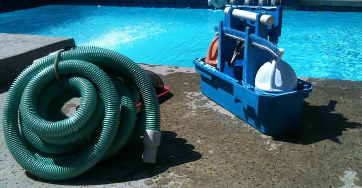 pool_cleaning_equipment